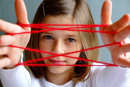 Girl with cat's cradle cleantech